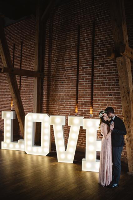 Kwiaty ślubne I Dekoracje Wynajem Duże Love Litery Na Wesele